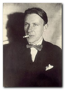 Mikhail Bulgakov biography